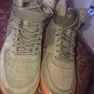 Nike Air Force 1 High Olive Green GS Size 4Y